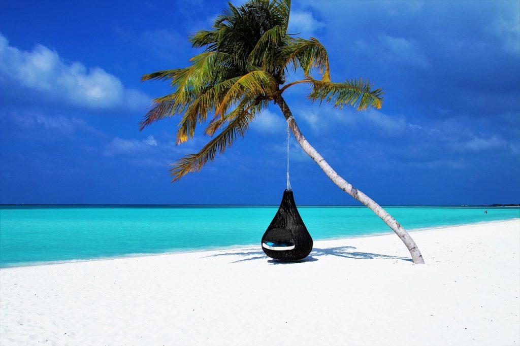 la plage pour booster son énergie avant la rentrée