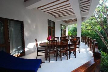 Apt 4 balcony