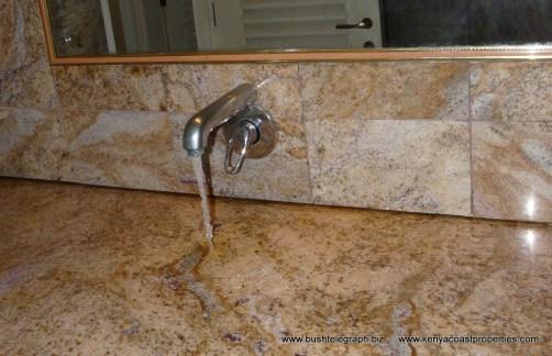 Surface sink