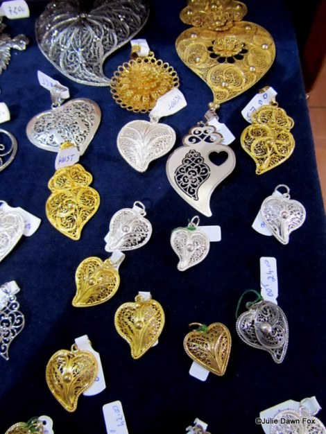 Filigree Portuguese hearts in gold and silver