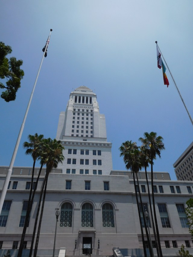 la city hall 4