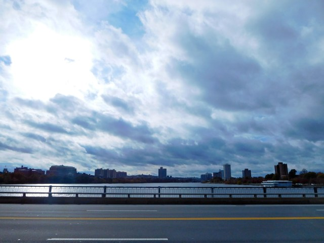 harvard_bridge_2