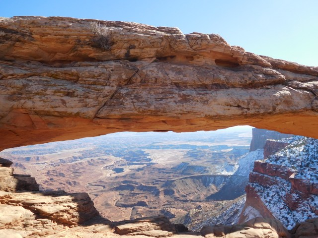canyonlands_national_park_mesa_arch_3