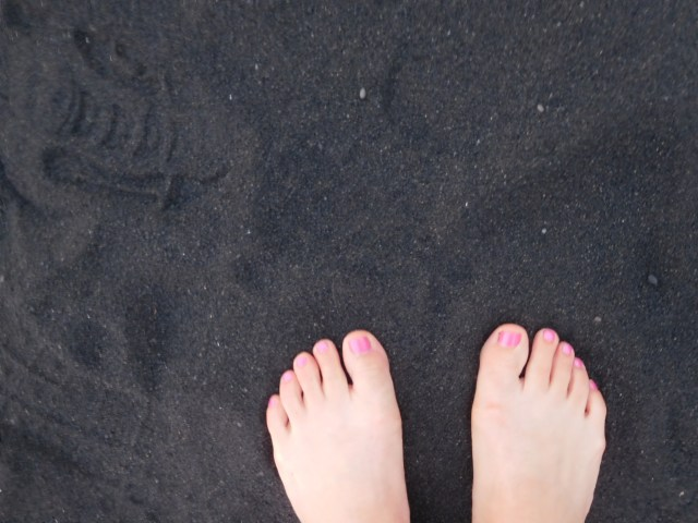 Punalu'u_black_sand_Beach_