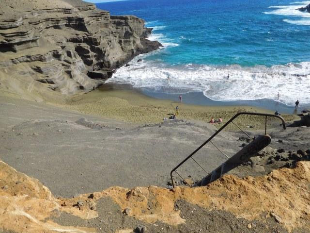 green_sand_beach_2