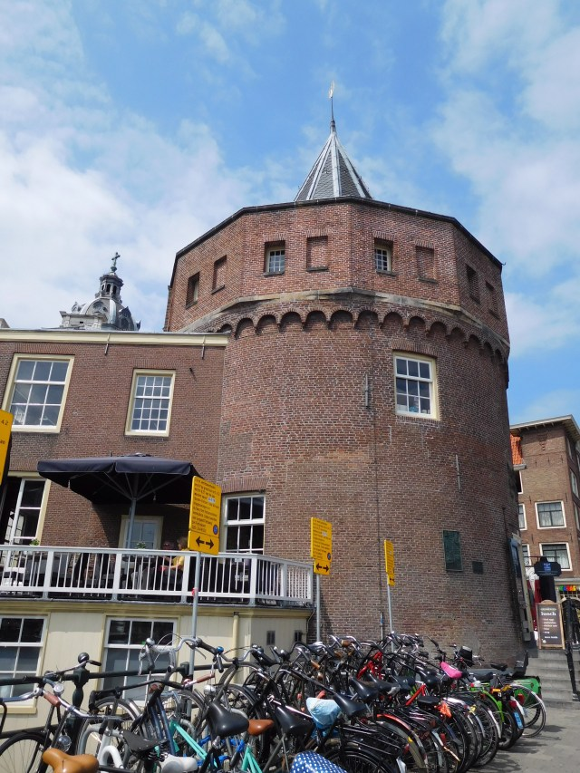Weeping_Tower_amsterdam