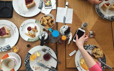 10 Bad Eating Habits Ruining Your Kid's Health