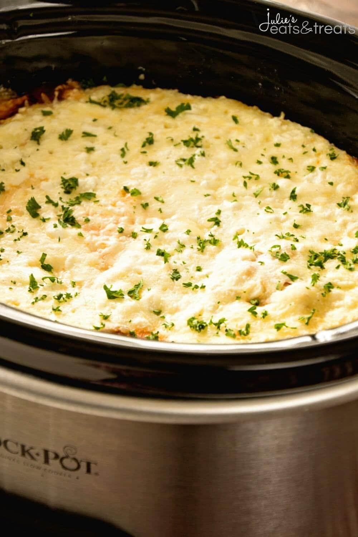Crock Pot Lasagna Recipe ~ The EASIEST Lasagna Recipe Youu0027ll Ever Make!  Quick