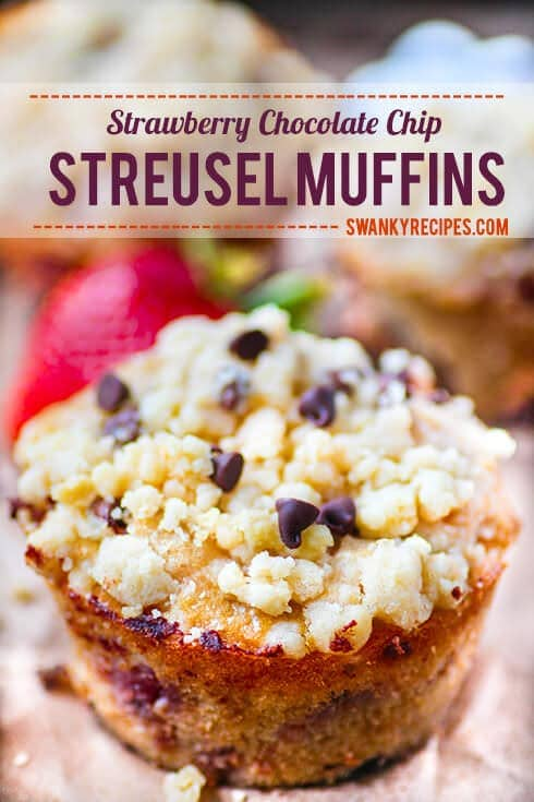 Strawberry-Chocolate-Chip-Streusel-Muffins1