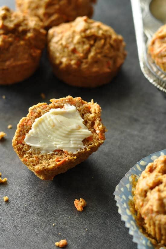 carrot-butternut-squash-whole-wheat-muffins-550