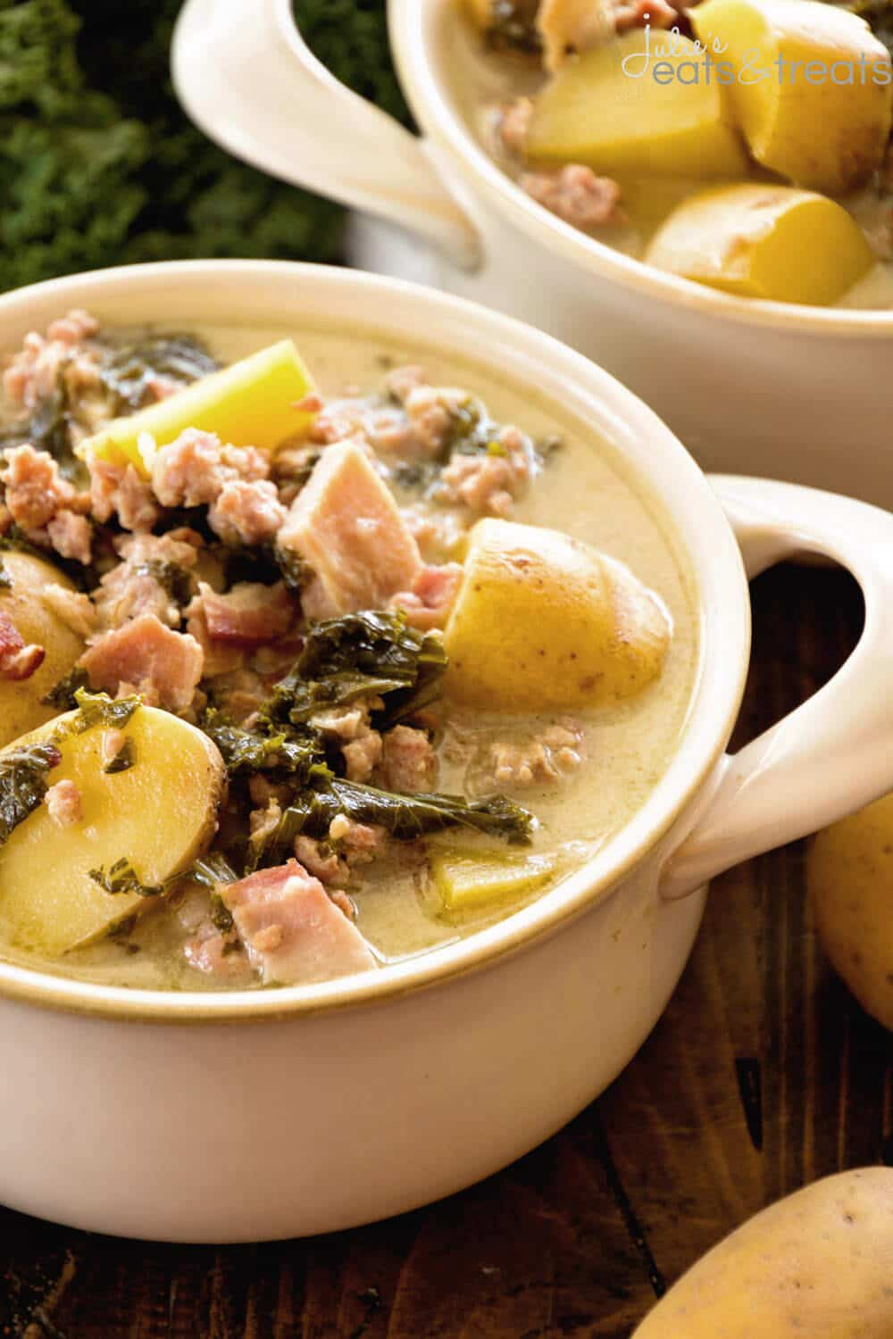 Light Crock Pot Zuppa Toscana Recipe - Julie\'s Eats & Treats