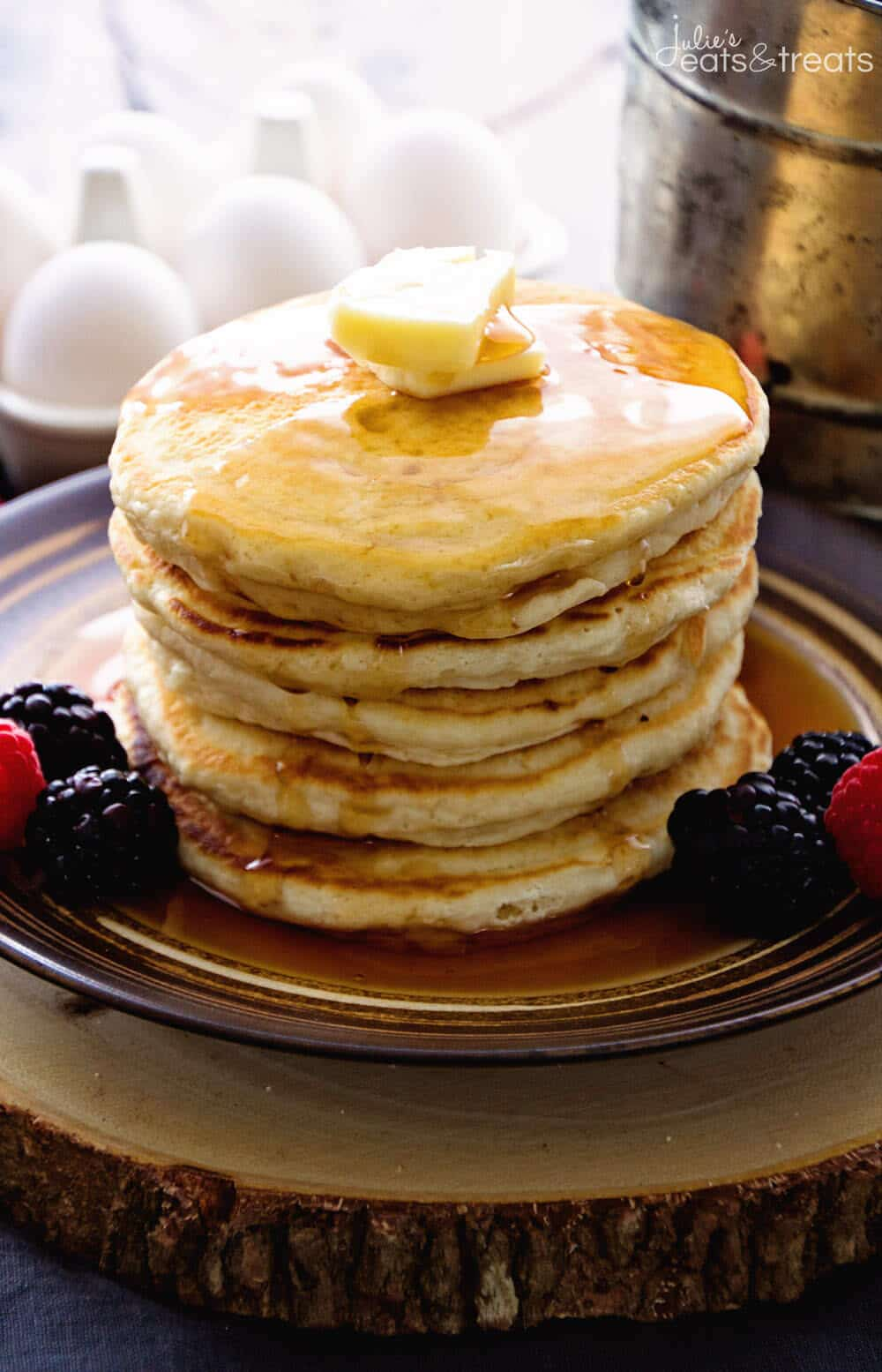 Easy Pancakes That Everyone Can Make with Pantry Staples!