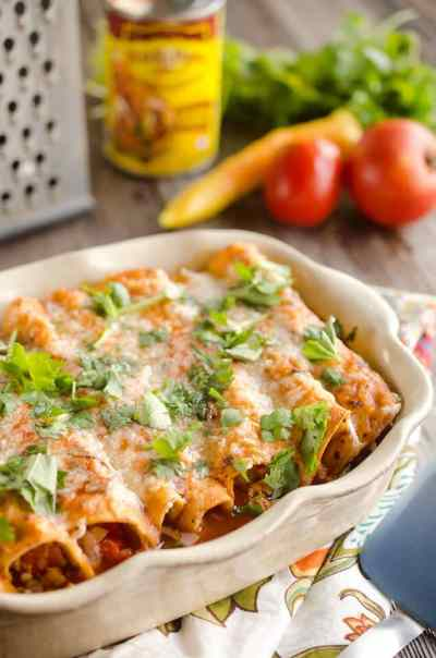 30-Minute-Light-Chicken-Enchilladas-7-copy