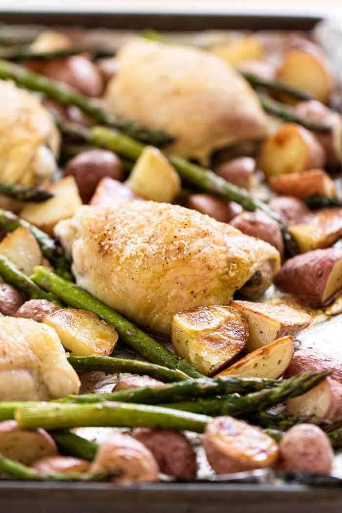 Simple Chicken and Vegetable Sheet Pan Dinner