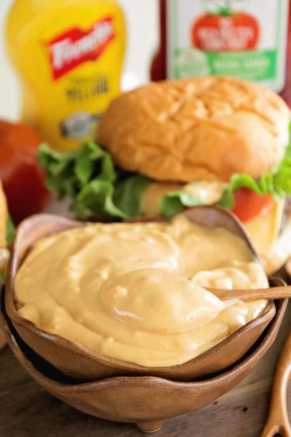 The best burger sauce ever julies eats treats be sure to subscribe to my newsletter here so you never miss a new recipe forumfinder Image collections