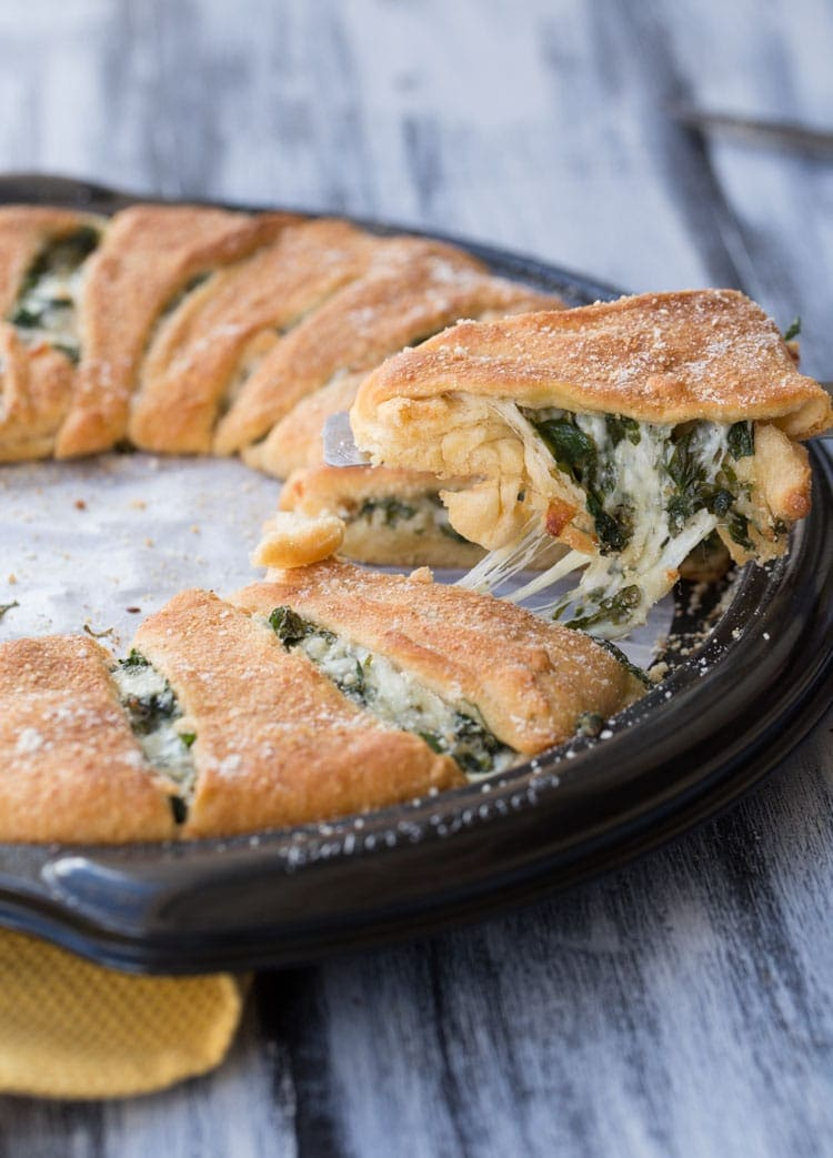 Spinach and Cheese Crescent Ring~ Cheese Spinach Stuffed into Crescent Rolls Perfect for an Easy Weeknight Dinner! Ready in 30 Minutes!