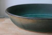 Large dish detail, showing metal oxide rim