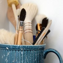 Brushes and throwing tools