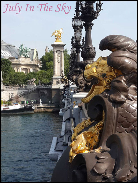 July In The Sky : blog beauté voyage paris métropole été pont alexandre 3