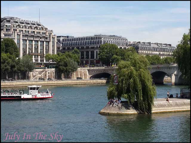 July In The Sky : blog beauté voyage paris métropole été seine