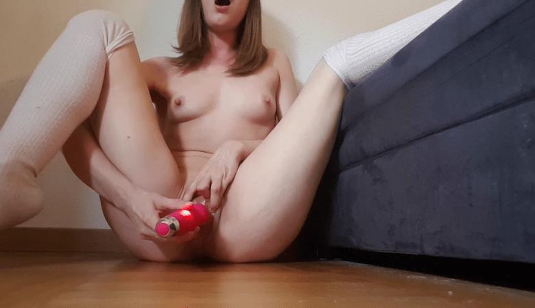 15 min Vibrator Challenge15 min de vibrations sur mon clito