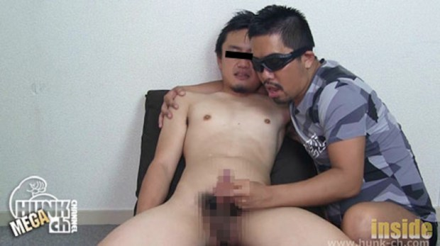 HUNK CHANNEL – INS-0364 – あご髭ノンケが男に遊ばれ、手コキでイクッ!!