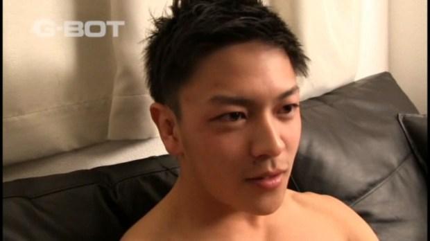 G-BOT TAIWAN – VDGBXX0064 – あのパーフェクトイケメンが遂に!男のフェラで屈辱の強制発射!!