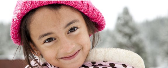 girl-with-pink-hat_web