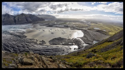 Skaftafellsjökull Glacial lagoon and outflow