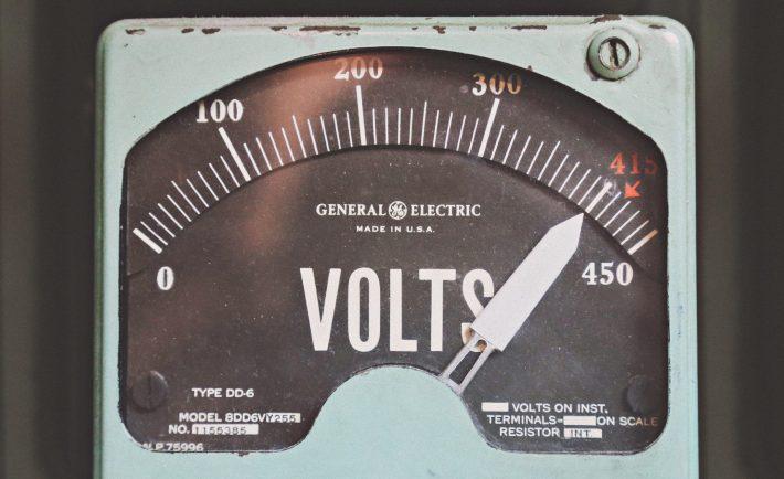 voltage level sign