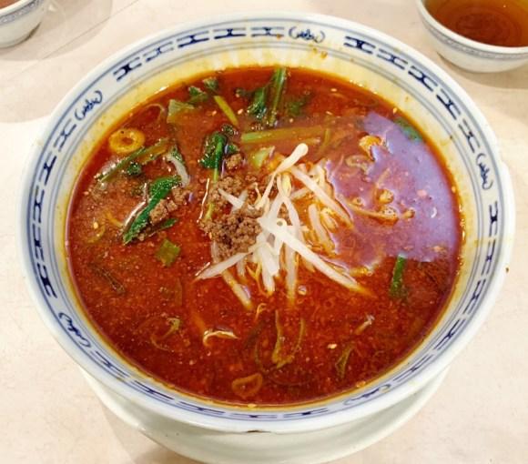 福龍園の担々麺