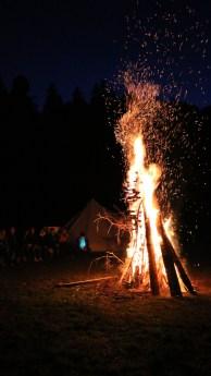 Lagerfeuer am letzten Abend