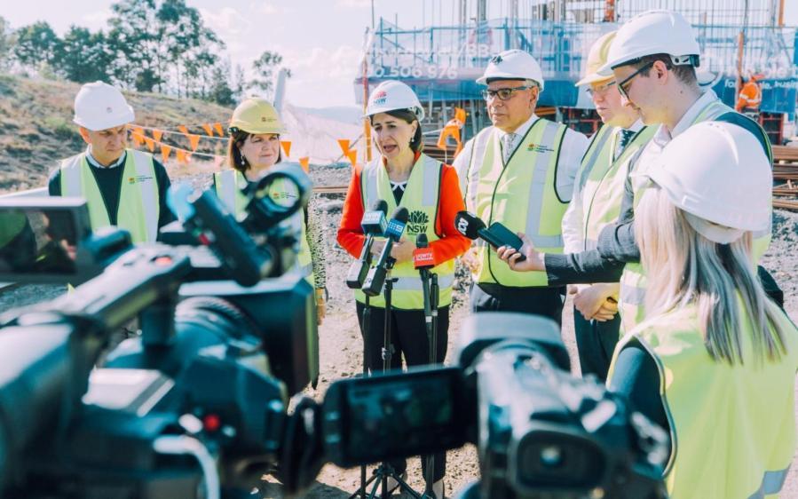 NSW+Premier+Gladys+Berejiklian+has+thrown+her+weight+behind+Liberal+candidate+for+Gilmore+Warren+Mundine.