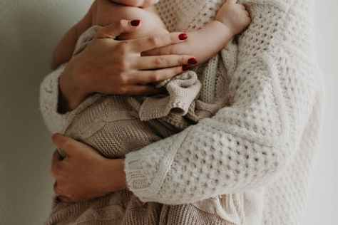 The mental health of new mums seems to be slipping through the Covid cracks.