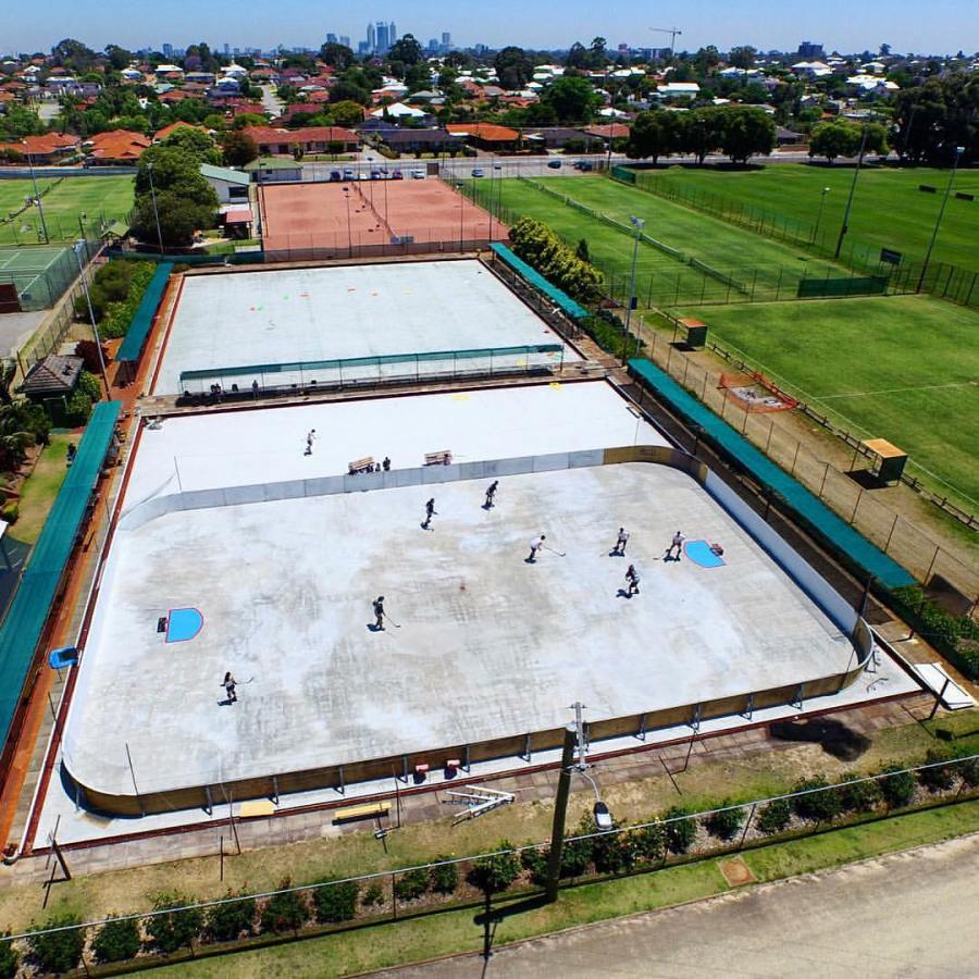 Bayswater+Bowling+club+is+the+home+of+street+roller+hockey.+Picture+credit%3A+https%3A%2F%2Fwww.instagram.com%2Fstreetrollerhockeyleague%2F