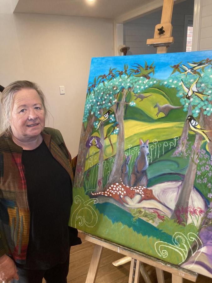 Artist Toni Mullholland