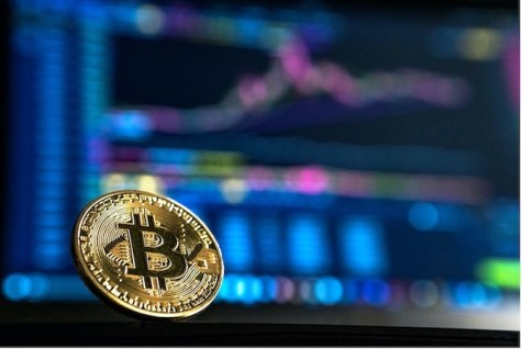 stylised image of bitcoin