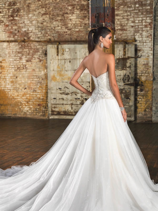 Justin Alexander Signature Wedding Dresses Fall And Winter 2016 Bridal Collection Junebug