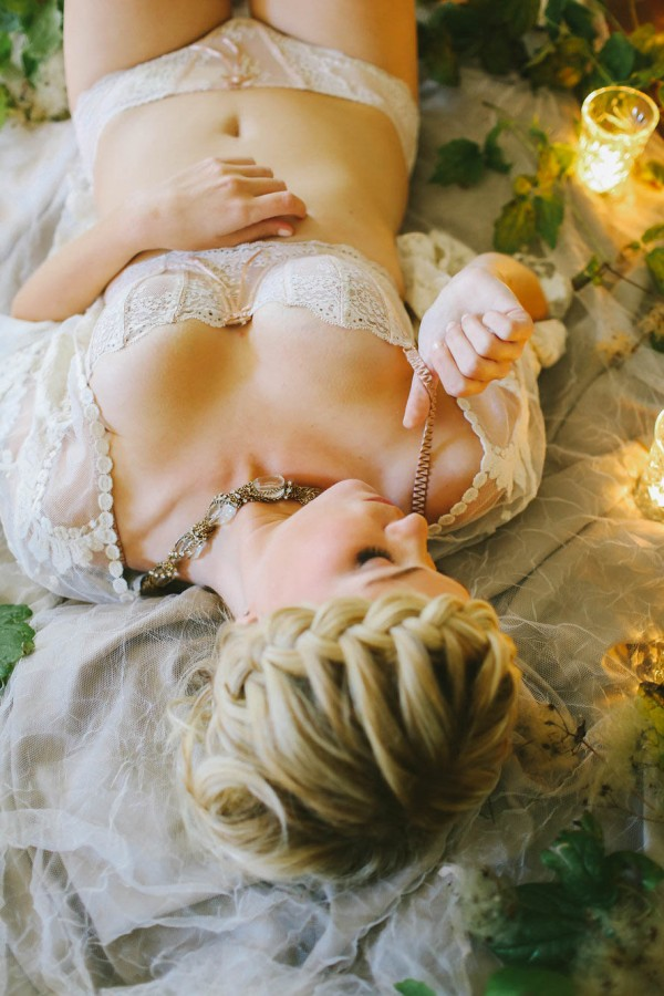 Vintage Boudoir Session Inspired By Leaves And Light