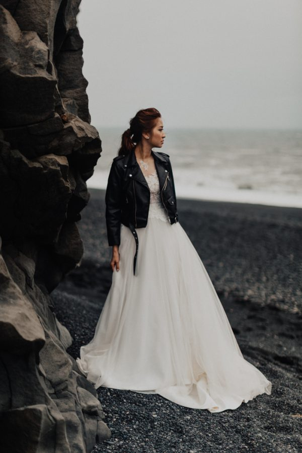 Thrilling PreWedding Photos in the South Coast of Iceland