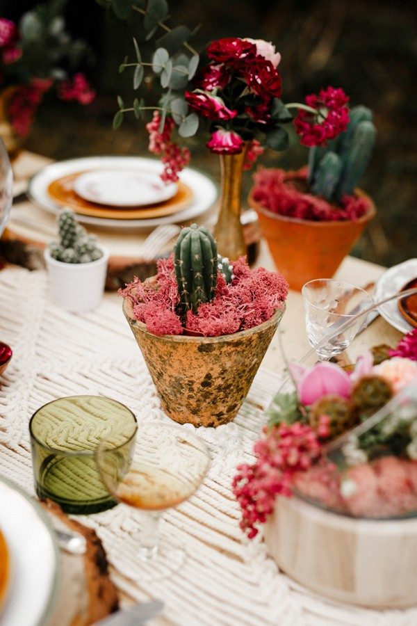 33 Southwestern Wedding Decor Ideas  Junebug Weddings