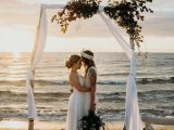Planning A Beach Wedding You Ll Want To Copy Every Detail In This Bonbeach Wedding Inspiration