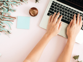 How To Start A Facebook Group for Blogging
