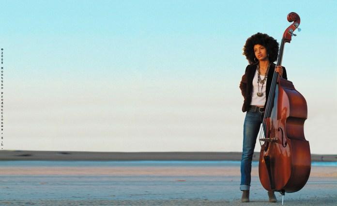 Jazz Artist Esperanza Spalding Wins Grammy   June's Journal image 2