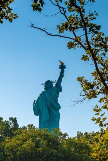 Die Freiheitsstatue auf Liberty Island lockt täglich tausende Besucher an.