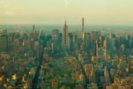 Deutlich zu erkenne ist das Empire State Building. Man erkennt auch deutlich den Verlauf des Broadway. https://junghahn24.com/finale-in-new-york/