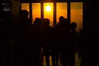 Den Sonnenuntergang über New York aus dem One World Trade Center zu bestaunen, zieht viele Besucher an. http://junghahn24.com/finale-in-new-york/