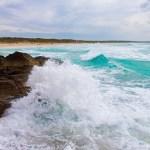 Wellen am Strand von Es Trenc