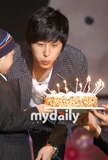 2007 9 JIW Birthday 7
