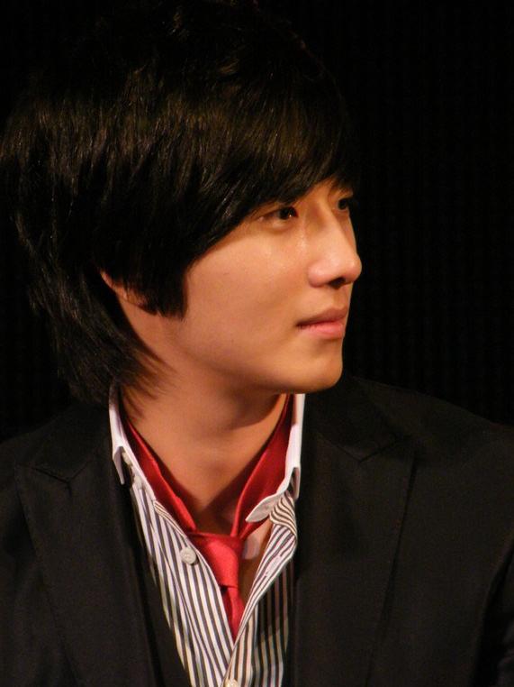 2007 11 16 My Love Showcase Cast Interview 10